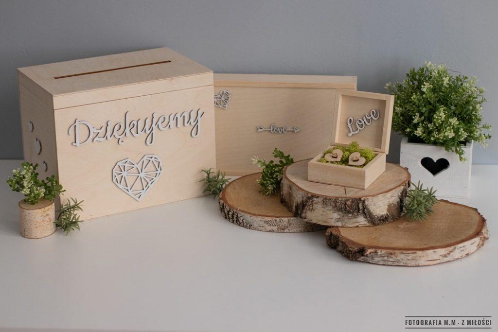 puedlko na koperty obraczki zdjecia 13 1024x683 - Pudełka w pakiecie do reportażu ślubnego.