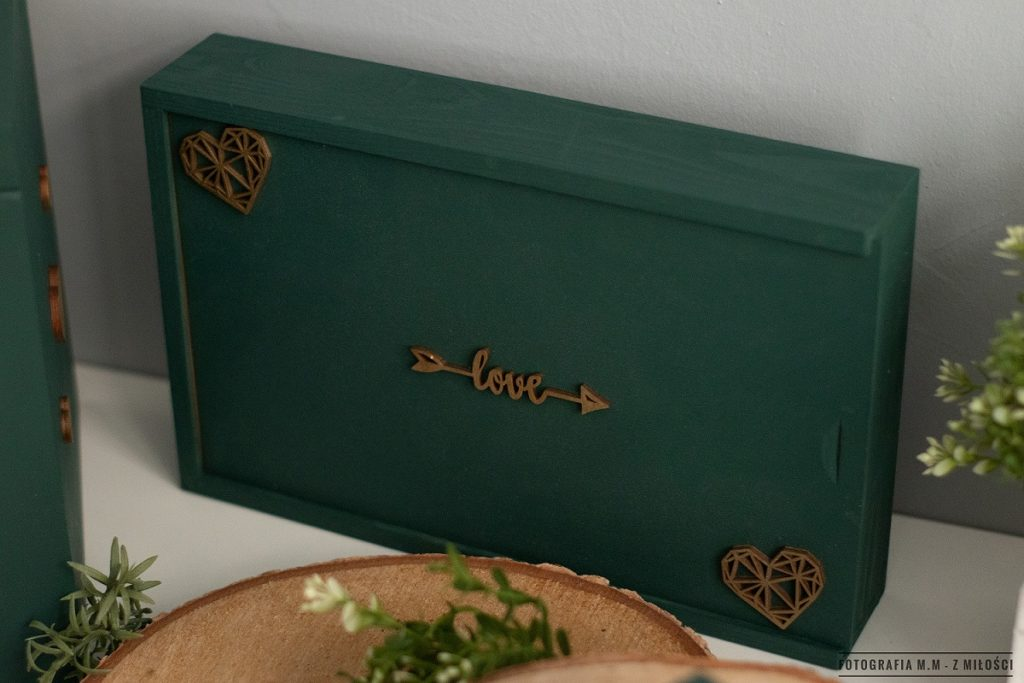 puedlko na koperty obraczki zdjecia 6 1024x683 - Pudełka w pakiecie do reportażu ślubnego.