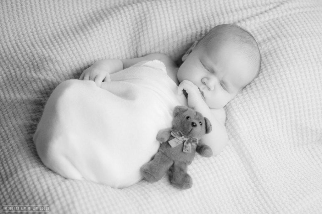 sesje noworodkowe bielsko biala kozy okolice 1 1024x683 - NOWORODKOWE